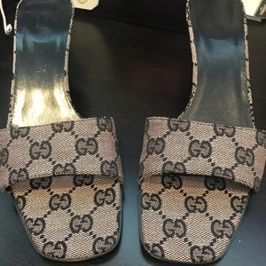 New Never Worn Vintage Gucci Shoes
